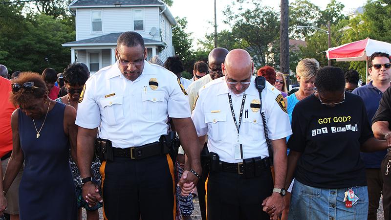 Neptune & Asbury Park, NJ Residents Unite With Police in Community Prayer